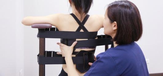 脊椎側彎 本體感覺誘發治療